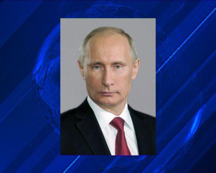 Президент России поздравил жителей Владимирской области с Днём защитника Отечества