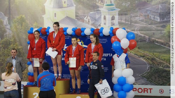 Владимирская самбистка завоевала право выступить на интернациональных турнирах