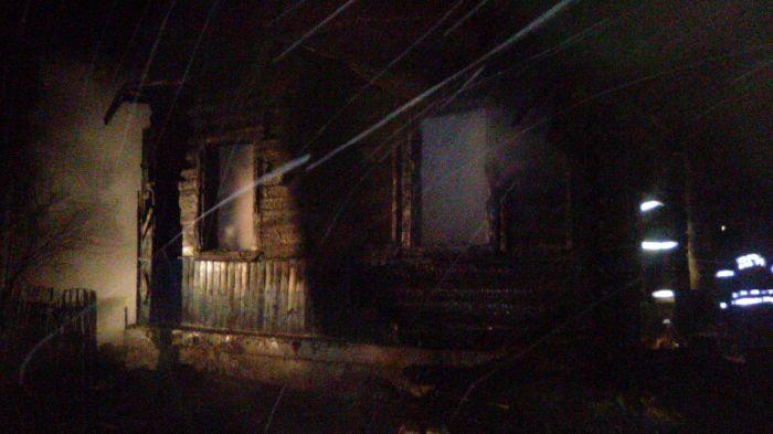 Женщина иеедвухлетний ребенок погибли впожаре воВладимирской области